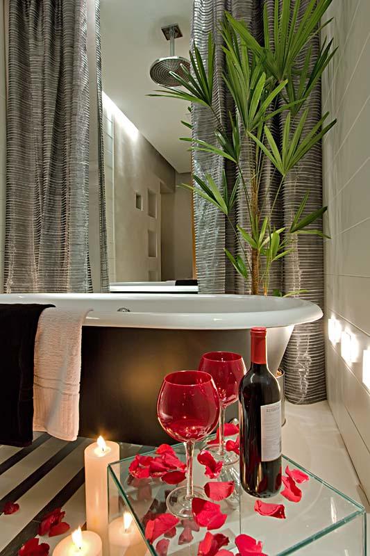 Dicas de Decoração de Banheiro com Banheira banheiro 6