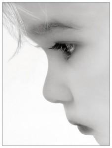 Acabar Com Os Traumas De Infância olhardacrianawj3 227x300