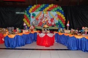 Festa de Aniversario Infantil   Decoração de um Ano. decoraçao 300x198