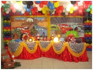 Festa de Aniversario Infantil   Decoração de um Ano. festa aniversario 300x226
