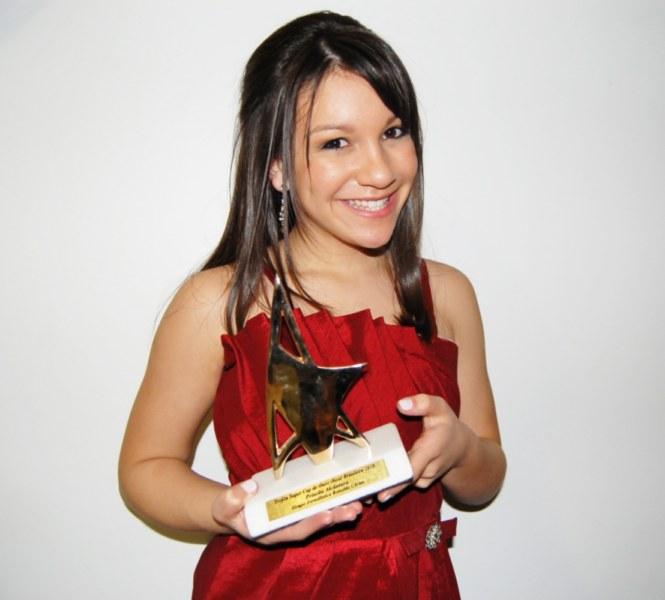 Fotos e Vida – Priscilla Alcântara  Priscilla Alcântara cantora
