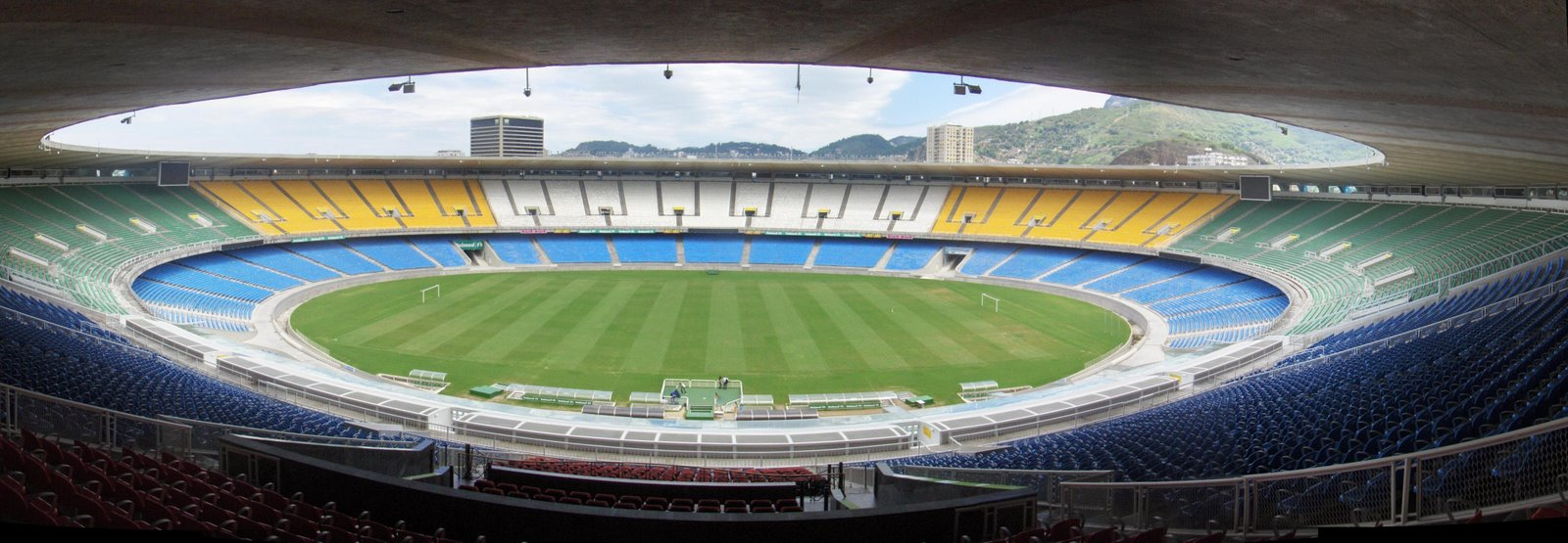 Fotos do Novo Estádio do Maracanã Para 2014 panoMaracanSeats