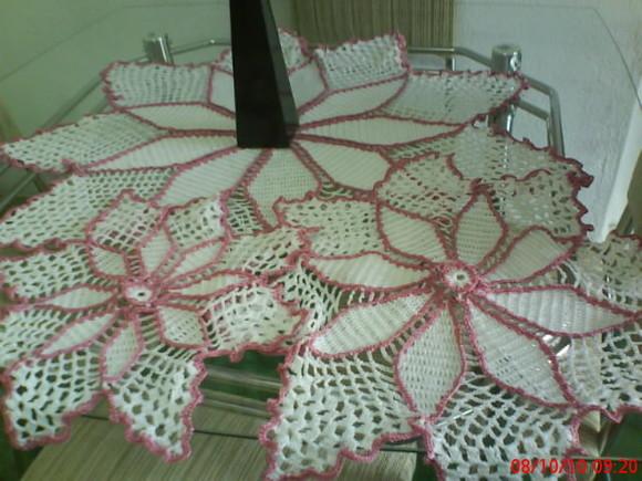 Modelos de Tolhas Feitas de Crochê   Fotos toalha de mesa em croche 1A6BE0