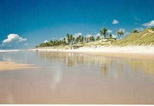 As Maiores Praias De Nudismo Do Brasil   Fotos massarandupió bahia5 300x207