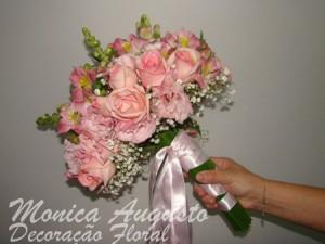 Buquê de Noiva de Flores Naturais   Modelos buque de flor natural 300x225