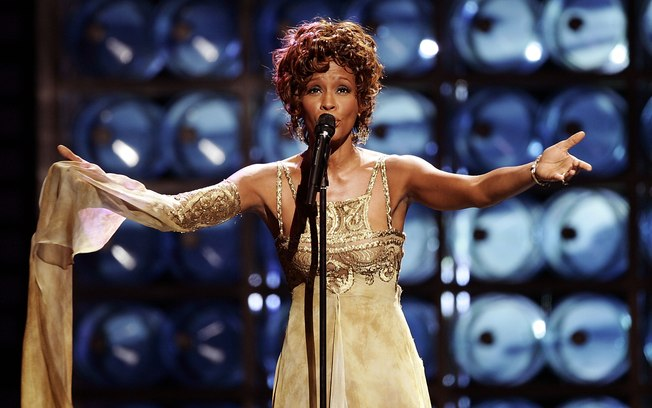 cantora whitney houston