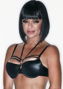 Valentina Francavilla na Capa da Revista Playboy1 214x300
