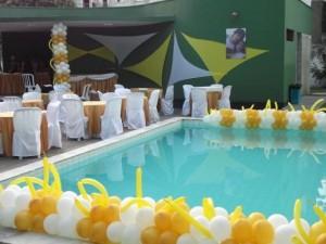 Decoração de Piscina Para Festa  Dicas Como Decorar, Fotos Decoraçao de Piscina Com Baloes 300x225