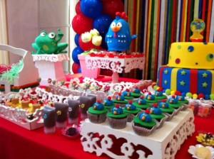 Decoração Para Festa de Aniversário Infantil Tema a Galinha Pintadinha – Fotos, Dicas  galinha pintadinha festa 300x224