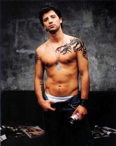 Tendências de Tatuagens Masculinas 2013 –Ver fotos Dicas e Modelos  tatuagem masculinas no braco 3 239x300