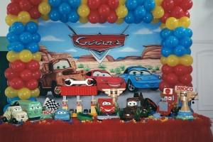 Decoração de Festa Infantil Tema Carros – Fotos, Modelos, Dicas  carros 2013 300x200