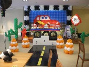 Decoração de Festa Infantil Tema Carros – Fotos, Modelos, Dicas  carros 300x225
