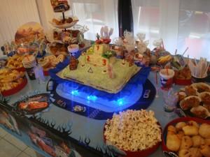 Decoração de Festa Infantil Tema Carros – Fotos, Modelos, Dicas  carros mqueen 300x225