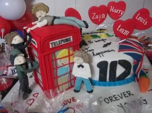 590794 Decoração de aniversário tema One Direction 4 300x224