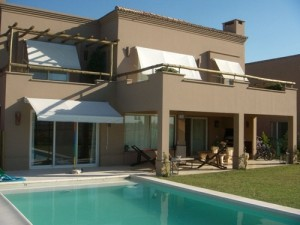 Tendências De Cores 2013 Para Pintar Fachadas De Casas – Dicas Cores para pintar fachadas de casas 08 300x225