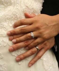 Alianças de Casamento em Formato de Coroa – Qual o Preço e Onde Comprar  aliancas casamento2 251x300