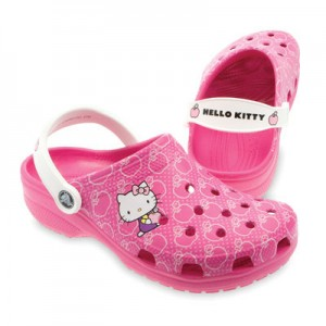 hello-kitty-crocs-pink
