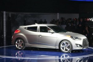 novo-Veloster-Turbo-2013