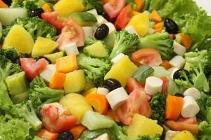 Saladas Prontas – Quais os Riscos Que Trazem a Saúde saladas 300x200