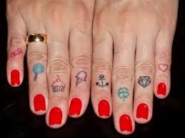 doces no dedo