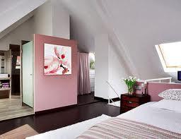 sotao deocrado em rosa