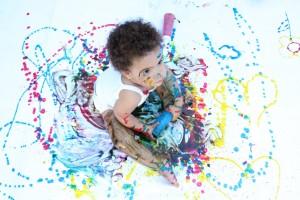 crianças pintadas