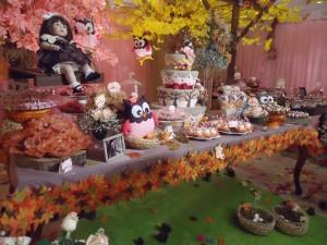 mesa de coruja e outono