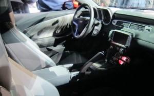 2014-Chevrolet-Camaro-interior-1024x640