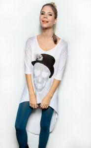 camiseta-mullet-com-estampa-de-caveira-da-miss-couture-para-a-multimarca