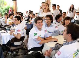 jovens Programa Brasília  Sem Fronteiras