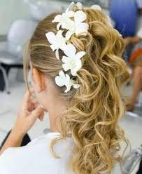 penteado-com-flores