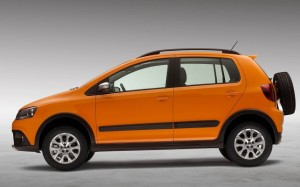 vw-crossfox-2014-lateral