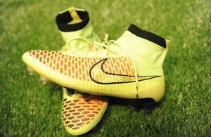 Nike-Magista-chuteira-cano-alto